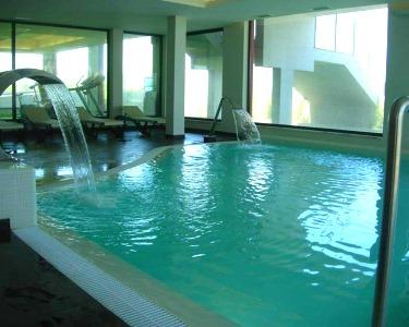 Água Hotels Riverside 4* | Noite & Jantar in Love