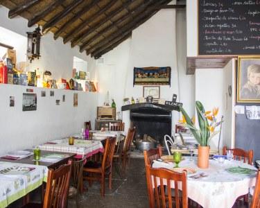 Brinde ao Romance | Petiscos & Espumante para Dois em Sintra