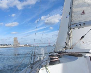 Luxo e Requinte | Passeio de Barco à Vela + Espumante | River Tour