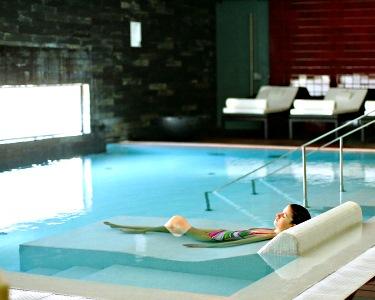 Palace Hotel Monte Real 4* | Noite Romântica a Dois e Circuito SPA