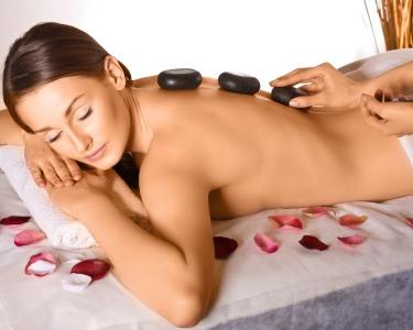 Sweet Hot Stones Massage   45 Minutos - Clínica Bellíssima