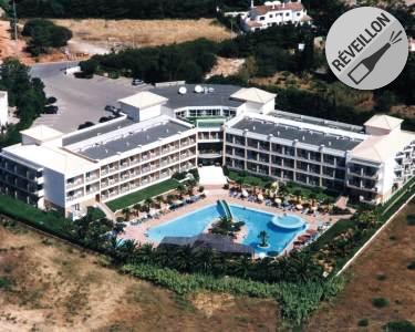Hotel Baía Grande | 2 Noites Fim de Ano c/ Cocktail e Jantar de Gala