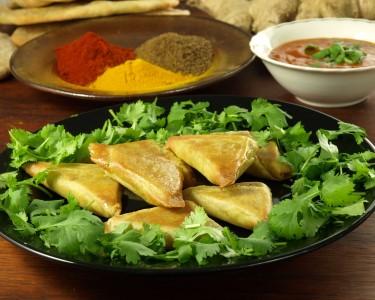 Gastronomia Nepalesa para Dois   Conheça o Restaurante Danfé