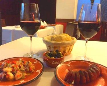 Casa de Linhares | Degustação de Petiscos para Dois com Fado ao Vivo