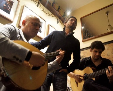 Jantar para Dois c/ Espectáculo de Fado + Oferta de CD | Bairro Alto
