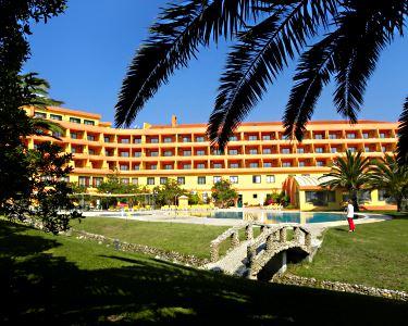 Noite à Beira-Mar com Jantar & SPA em Peniche | Atlântico Golfe Hotel 4*
