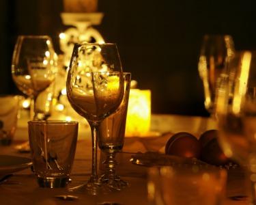 Jantar Romântico de S. Valentim a Dois | Marisco & Sangria | Alcazar