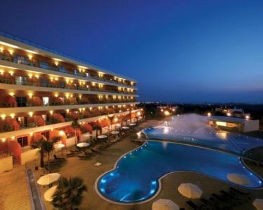 Fuga Romântica 2 Noites & Piscina interior com Jacuzzi   Hotel Balaia Atlântico 4*