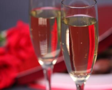 Jantar Romântico com Espumante à Refeição | Flor do Paraíso