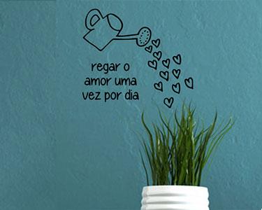 Vinil Regar o Amor... - 40 x 50 cm