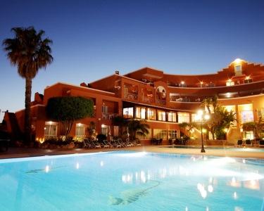 Noite de Charme & Relax a Dois no Algarve | Hotel Belavista da Luz 4*
