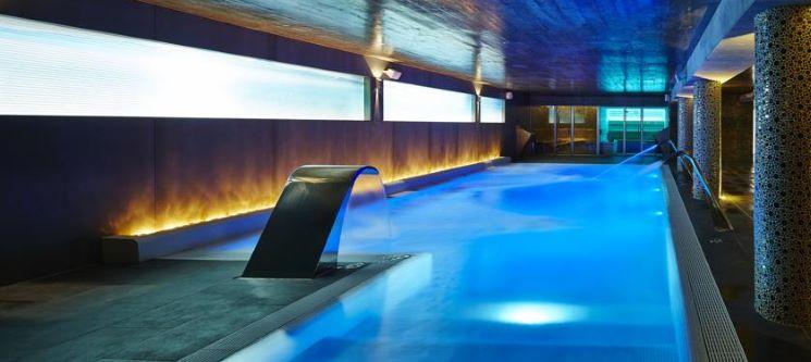 Hotel Alcazar Beach 4* & SPA   Noite Romântica c/ Jantar no Algarve