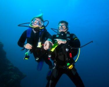 A Dois: Mergulho no Mar de Sesimbra c/ Passeio de Barco | 4 Horas