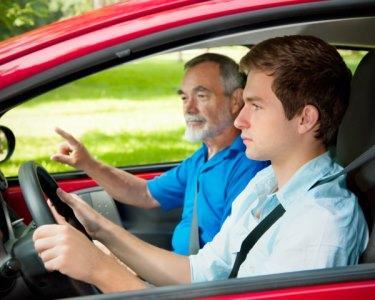 Carta de Condução de Carro | Dokas | 1 ou 2 Pessoas