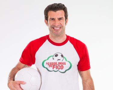 Escolinha do Figo | Aprenda a Jogar Futebol! 1 ou 3 Meses | 6 Locais