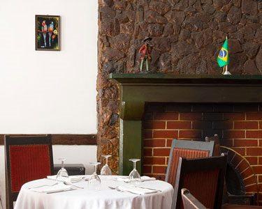Clássico no Bairro Alto | Picanha & Garrafa de Vinho p/ Dois | Brasuca