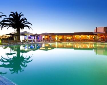 2 Noites em Meia Pensão no Algarve | Colina Village