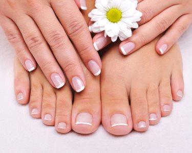 Manicure ou Pedicure Premium c/ Esfoliação & Massagem | Gaia