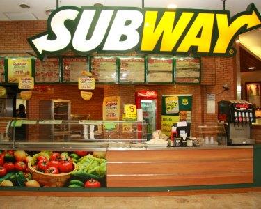 SUBWAY® | Menu para 2 ou 4 Pessoas | Sem Reserva! 3 Locais