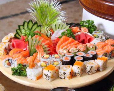 Pauzinhos na Mão, Sushi no Prato! 40 Peças c/ Tudo Incluído p/ Dois