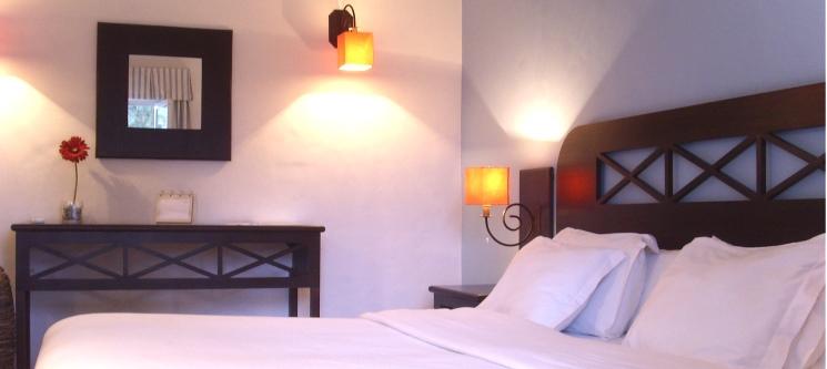 Hotel Monte da Lezíria | 1 ou 2 Noites c/ Opção de Passeio a Cavalo no Alentejo