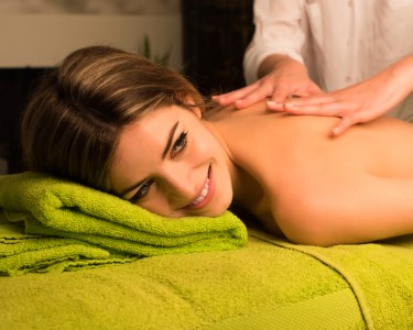 Massagem de Relaxamento | Saldanha ou Miraflores - Deixe-se Levar...