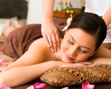 Massagem Relaxamento c/ Luxury Facial Spa | Av. 5 de Outubro