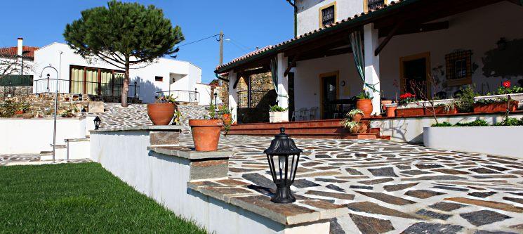 Casa de Santo António | 1, 2 ou 7 Noites em T1 ou T2 até 4 ou 6 Pessoas