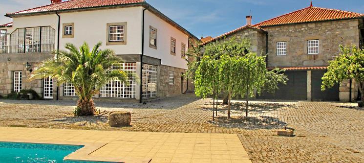 Fuga Inesquecível no Douro | Noite & Jantar a Dois na Casa do Redondo