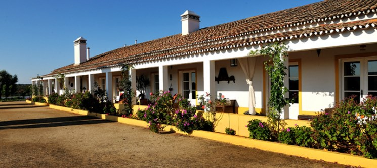 Herdade do Sobroso & Country House | 2 Noites c/ Wine Tour & Passeio Cayaque