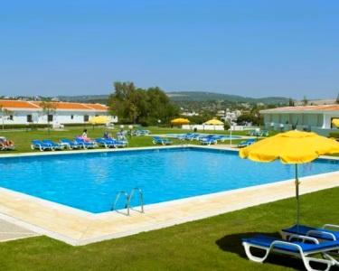 1 a 7 Noites no Paraíso para até 4 Pessoas! Hotel Apartamento do Golf Vilamoura