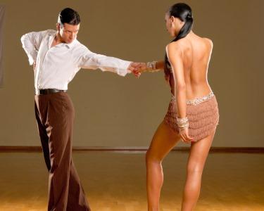 Ritmos do Mundo! Workshops de Dança em Oeiras - 1 ou 2 Pessoas