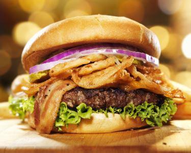Hambúrguer + Bebidas a 2 no Príncipe Real! Sem Reserva, É Só Saborear!