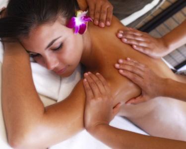 Massagem a 4 Mãos Óleos Quentes Aromatizados | 70 Minutos | BeClinic®