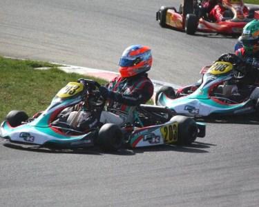 Diversão a Dois: Corrida em Karts de Competição | Kartódromo de Braga