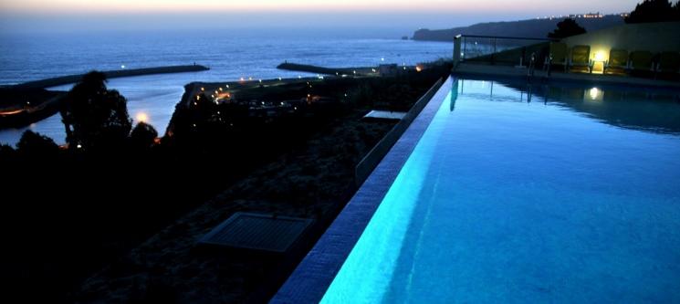 2 ou 3 Noites no Miramar Hotel & SPA 4* | Venha Ver as Ondas Gigantes!