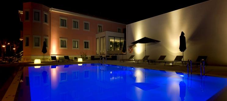 Primavera Perfume Hotel | 1 ou 2 Noites em Quartos Temáticos e SPA