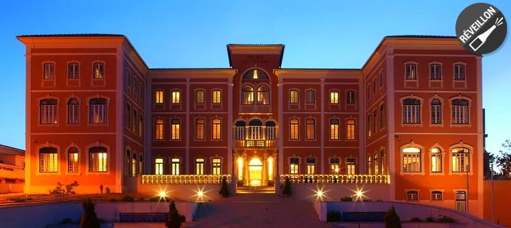 Réveillon Único no Palace Hotel Monte Real 4* | 2 Nts c/ Jantar & Festa