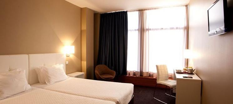 Porto um Sonho de Cidade! 1 ou 2 Noites no Porto Antas Hotel