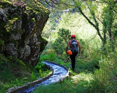 Aproveite a Natureza! Caminhada Aquática no Rio Louredo | Vila Real
