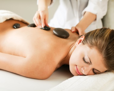 Massagem Relax-Mix: Geotermal + Aromaterapia + Head | Av. 5 Outubro