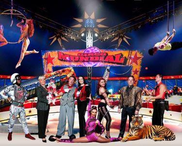 Circo Mundial de Natal! Espectáculo Gigante das 3 Pistas! V. N. Gaia