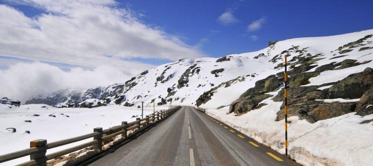 Antecipe as Férias na Neve! 2 ou 3 Noites c/ Jantar na Serra da Estrela