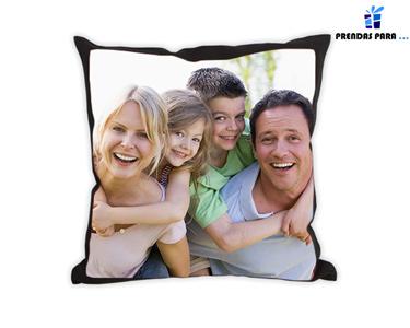 Almofada Preta 100% Personalizada | 45 x 45cm