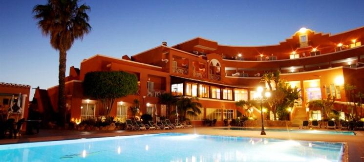 2 Noites de Charme & Relax a Dois no Algarve | Hotel Belavista da Luz 4*