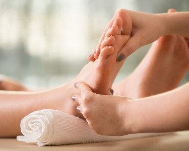 Reequilibre o Corpo: 2 Sessões Reflexologia Podal | Naturalyrio