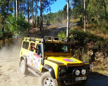 Passeio de Jipe 4x4 pelas Margens do Douro a 2 | Oporto Mountain Tour