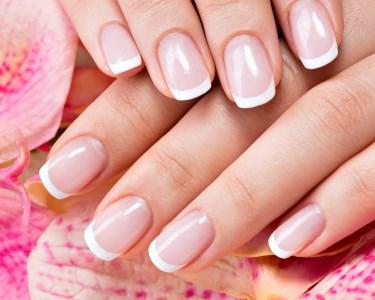 Beleza para as Mãos! 2 Sessões de Manicure c/ Verniz Gel | Porto