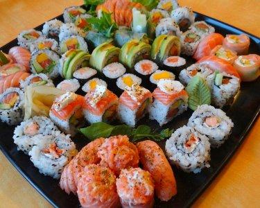 Sushivan | Combinado de 45 Peças de Sushi ao Domicílio!