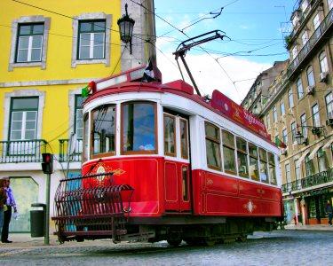 Passeio de Eléctrico por Lisboa | Hills Tramcar Tour | Hop On, Hop Off